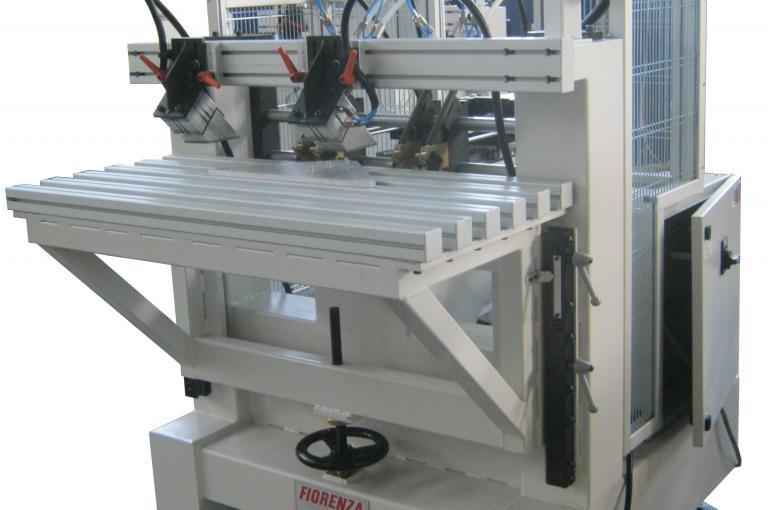 Spinatrice per antine e componenti per mobili spin for Componenti per mobili